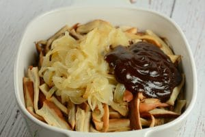 Mushrooms with onions and BBQ sauce